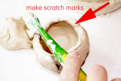 HOW TO MAKE A CLAY PINCH POT – Form, Texture - Step Eight