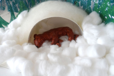 ANIMALS IN WINTER –  Clay, Texture, Space - Step Twenty
