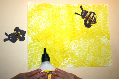 SWEET LITTLE HONEY BEES! – Printmaking, Cutting, Gluing - Step Seven