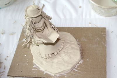 SEATED CLAY FIGURE – Proportion, Texture, Space - Step Twenty-One