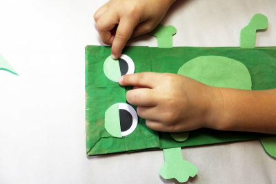 FROG PUPPET – Shape, Colour, Contrast - Step Eight